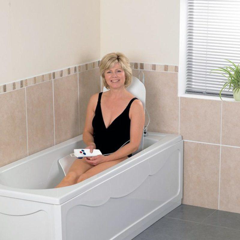Bathmaster, Deltis