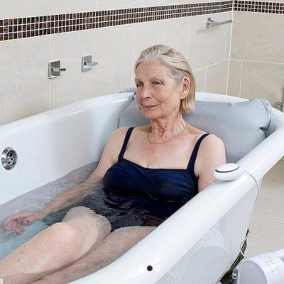 Mangar bathing Cushion 1