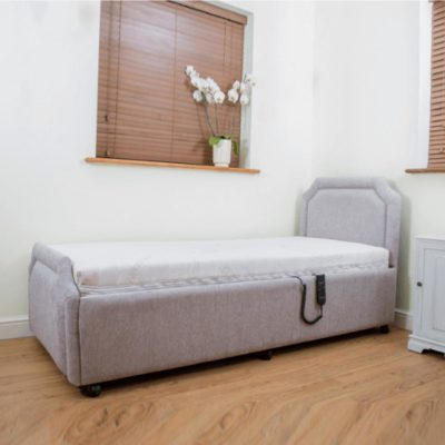 Royale Adjustable Bed Main